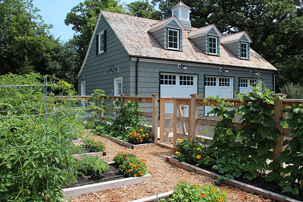 Charming Potting Shed Garden | Lake Forest, IL